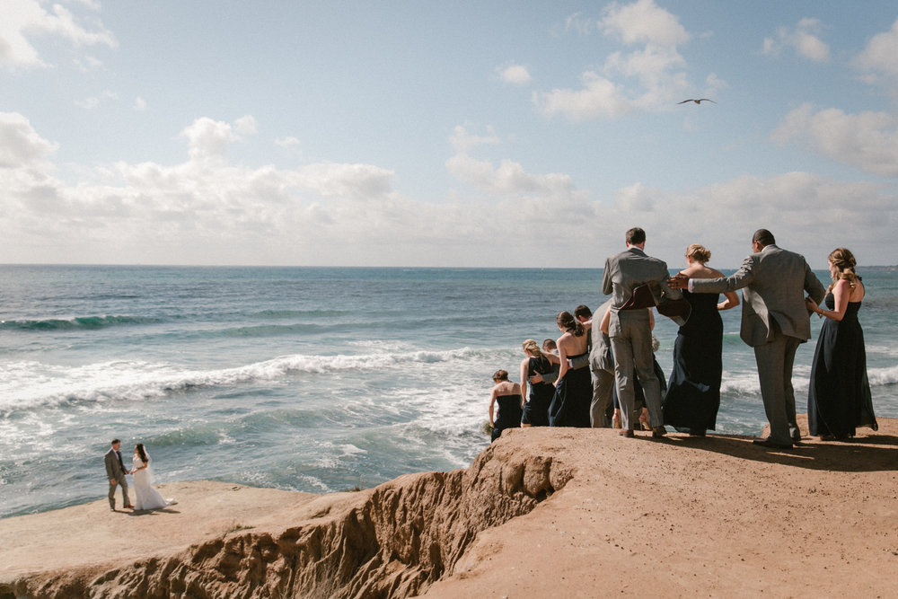 Bridal party at Sunset Cliffs in Ocean Beach by San Diego photographer Paige Nelson