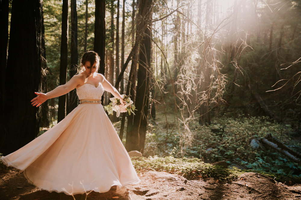 Bridal portraits in Big Sur by San Diego photographer Paige Nelson