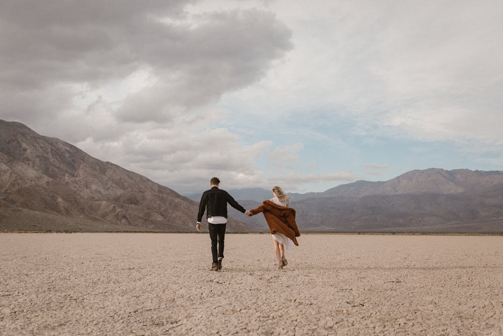 Dry lake bed engagement in Anza borrego by San Diego photographer Paige Nelson