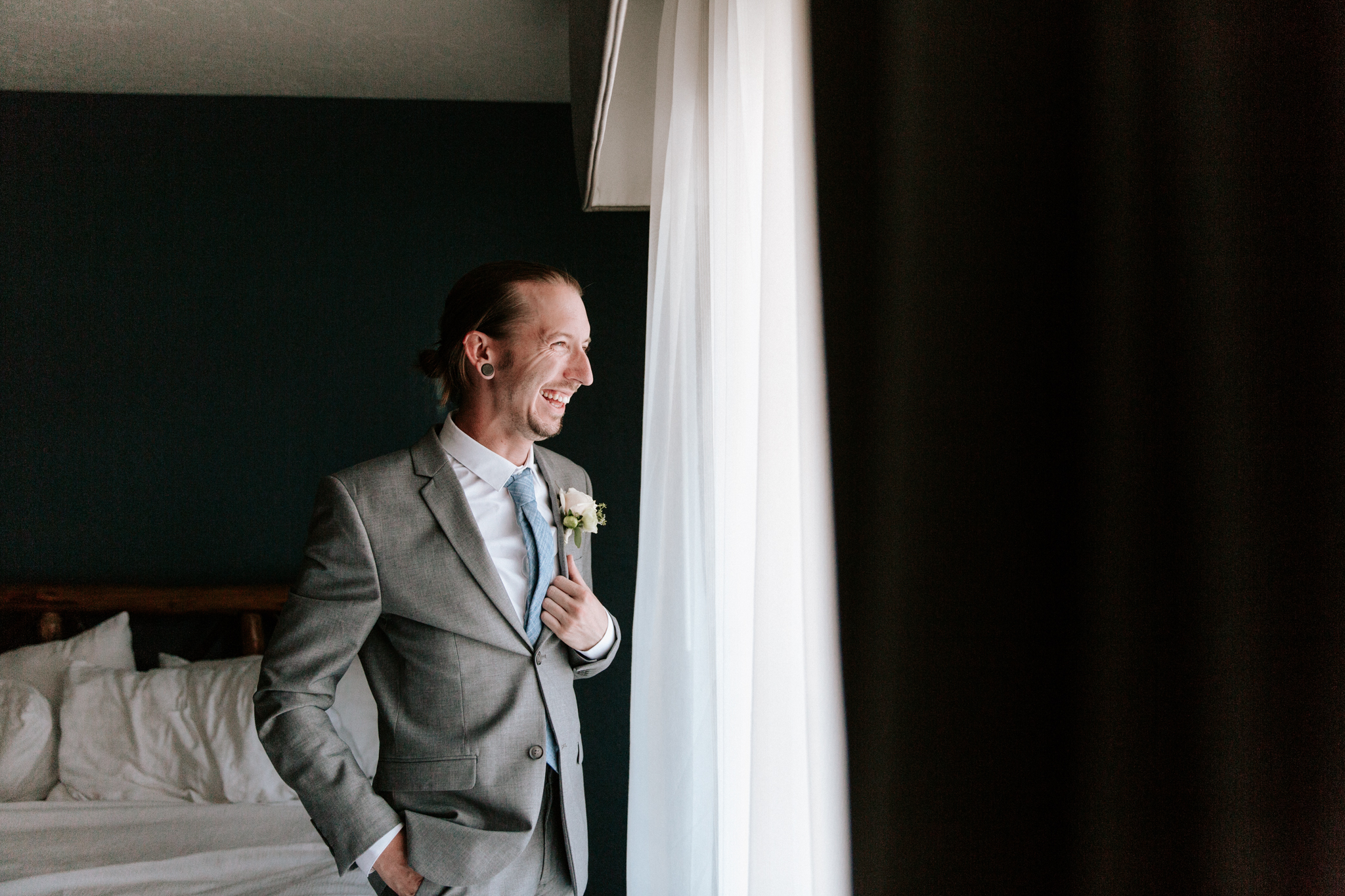 Lakeside elopement in Big Bear by Paige Nelson