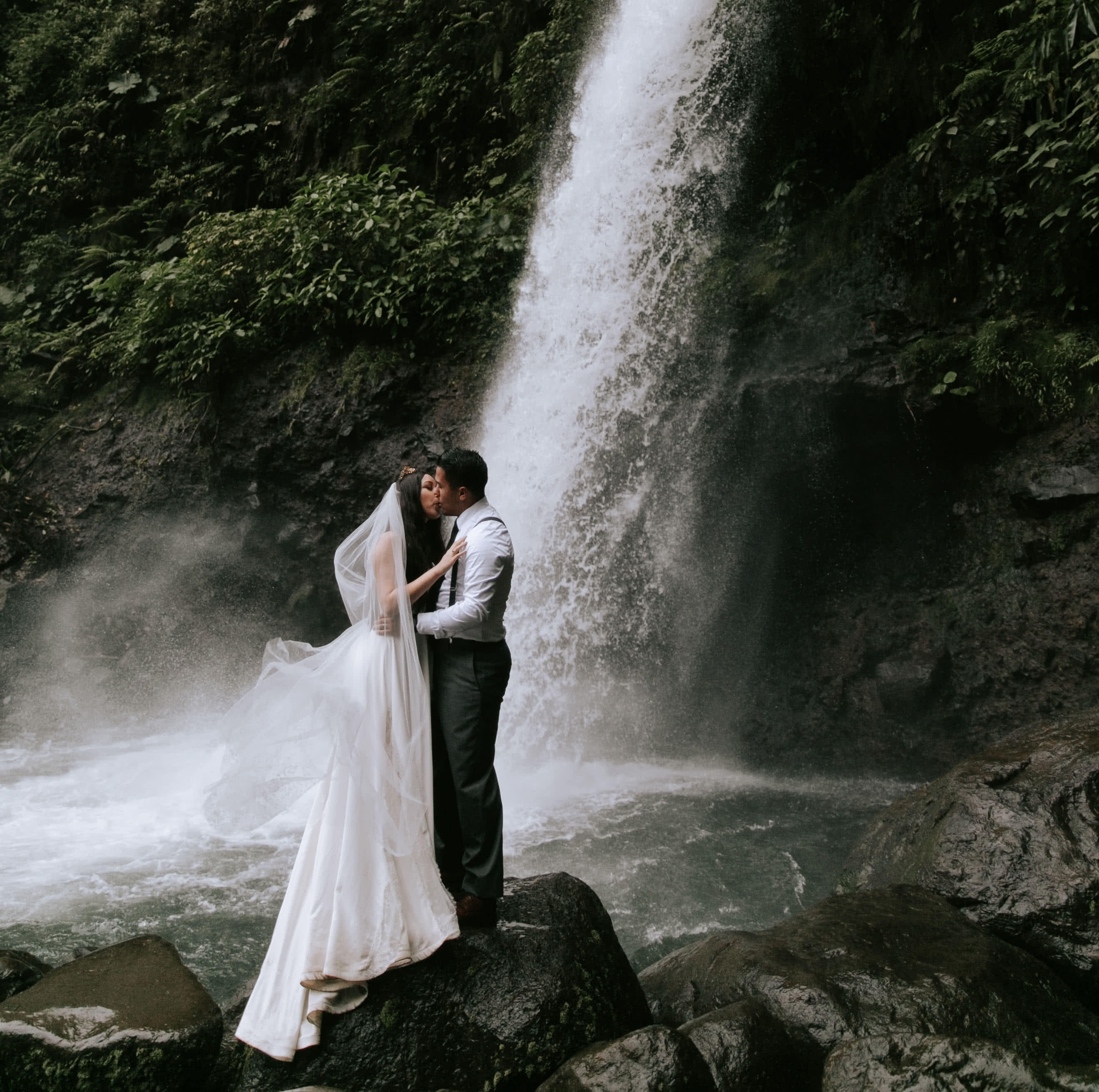 Costa Rica Wedding Photographer Paige Nelson