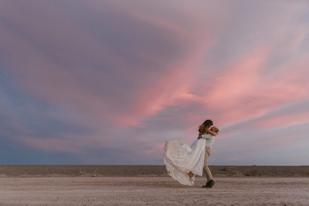 5 reasons you should elope